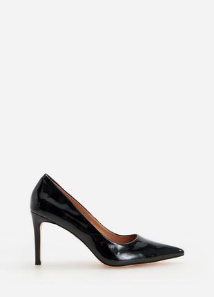 Туфли лодочки женские черные лаковые размер 39 reserved чорні туфлі