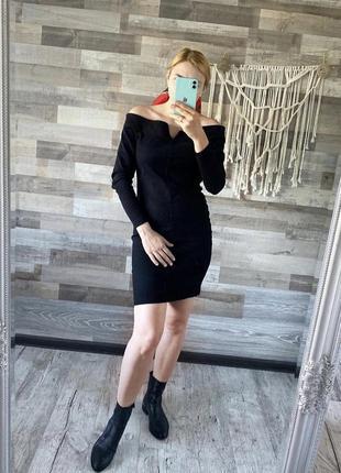 Чорна джинсова сукня