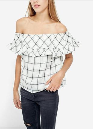 Блузка блуза с воланом ✨ stradivarius ✨ открытые плечи