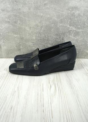 Стильные брендовые кожаные туфли wider style. размер uk6/eur39.