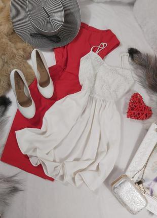Шикарное летнее нежное белое платье с кружевным вернох