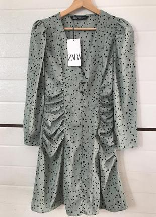 Zara платье с драпировкой в горошек полька дот