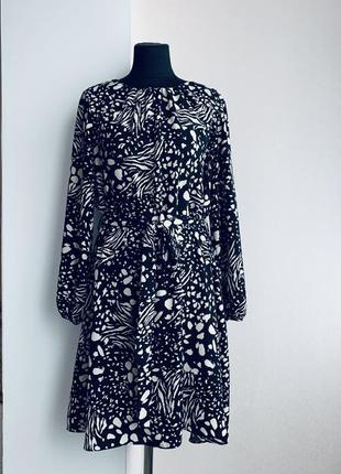 Стильное платье 🖤
