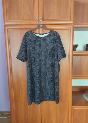 Платье стрейчевое 54 раз