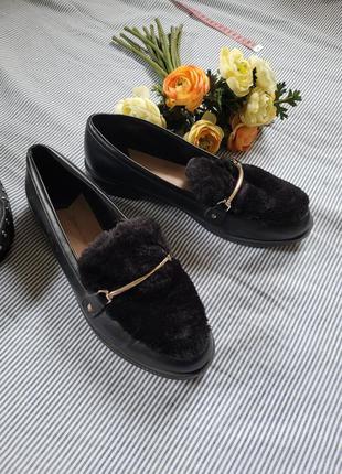 Туфли лоферы с мехом