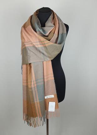 Теплый зимний кашемировый палантин шарф-плед в клетку серый розовый новый