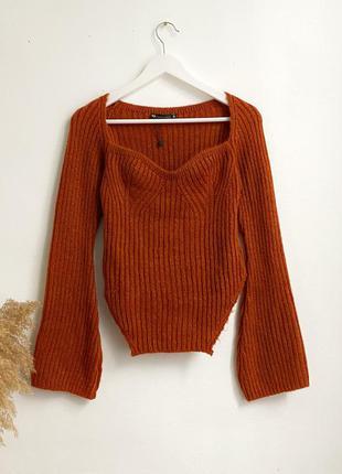 Мягкий свитер в корсетном стиле с квадратными вырезом in the style