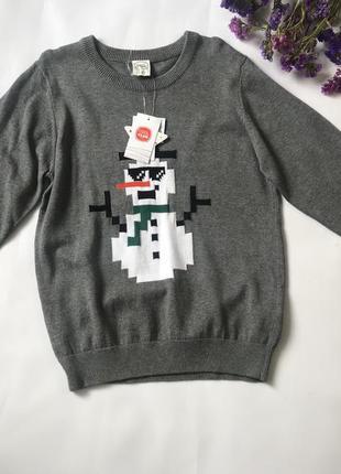 Новая серая кофта свитер со снеговиком