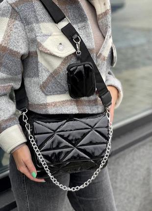 Лаковая чёрная сумка кожзам кросс боди стёганая с цепочкой и кошельком