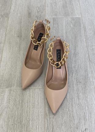 Женские туфли с цепью, жіночі туфлі на каблуку