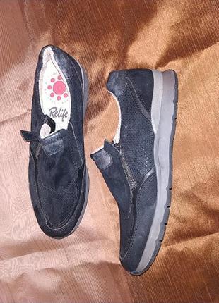 Полуботинки туфли замшевые.