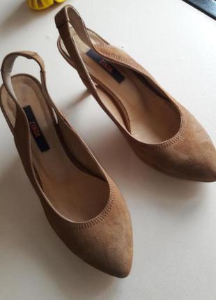 Zinda брендові туфлі натуральна замша іспанія, 37р