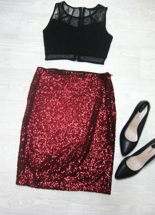 Блестящая вечерняя красная юбка расшитая пайетками vero moda