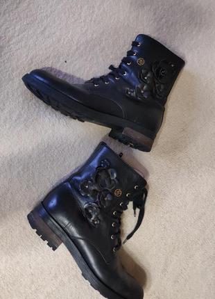 Фирменные ботинки blumarine