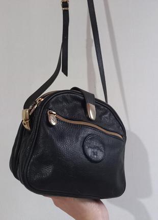 Итальянская сумочка из натуральной кожи на длинном ремешке, valentina.