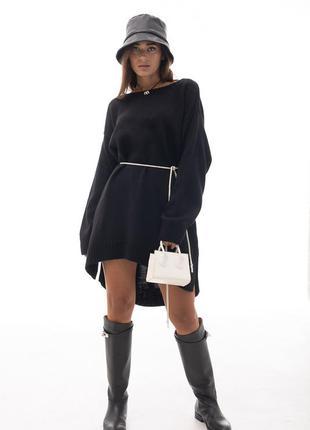 Женская вязаная туника oversize черная с разрезами по бокам