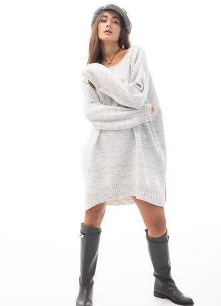 Женская вязаная туника oversize серая с разрезами по бокам