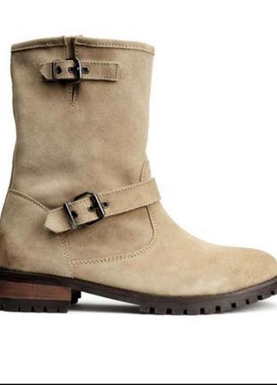 Актуальные ботинки из натуральной замши h&m