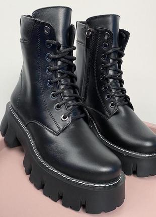 Ботинки чёрные женские на шнуровке кожаные кожа байка мех
