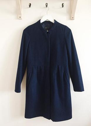 Синее пальто mango