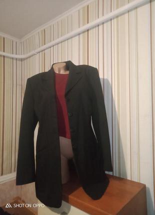 Пиджак жокет  прямого кроя удлиненный