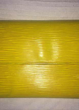 Tassil yellow epi leather  кошелёк оригинал