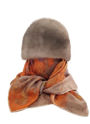 Роскошная норковая шапка красивого серого цвета