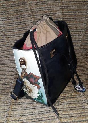 Потрясающая , необыкновенная кожаная сумка . турция