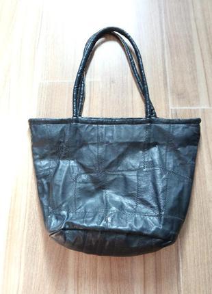 Кожаная сумка вместительная