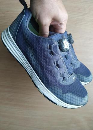 Кроссовки vado с мембраной gore-tex с технологией быстрой шнуровки