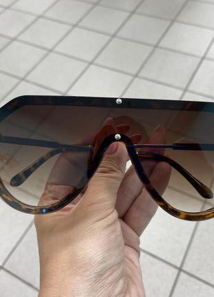 Солнцезащитные очки маска коричневые с тонкими дужками металл