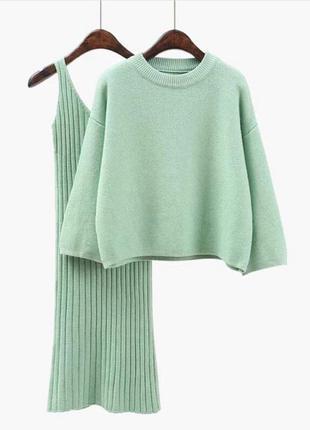 Костюм (платье + свитер)
