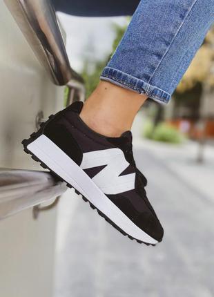 Женские черно-белые кроссовки new balance 327 white black