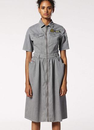Миди-платье из мягкого денима от итальянского бренда diesel,