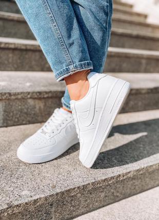 Белые кожаные мужские / женские кроссовки nike air force