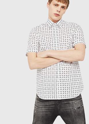 Мужская рубашка diesel белого цвета, с коротким рукавом.