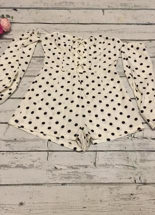 Missguided комбинезон ромпер шорты горошек