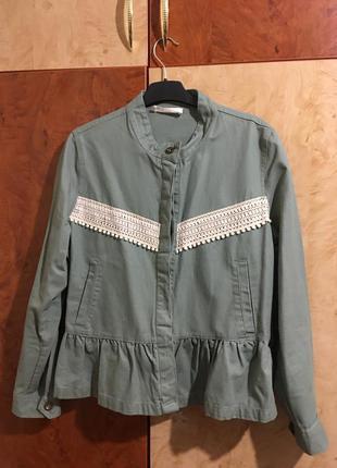 Джинсова куртка reserved