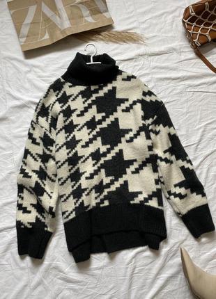 Подовжений светр у принт гусина лапка oversize  від h&m