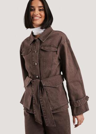 Джинсовая куртка с поясом.na-kd / как zara, h&m
