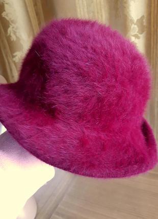 Теплая  шляпка, красивого темно-сиреневого цвета из ангоры. англия.