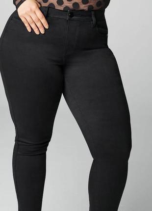 Мегаклассные стрейчевые джинсы скини на пышные формы  george...