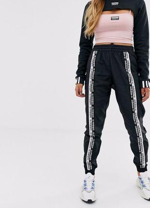 Оригинальные спортивные штаны спортивки adidas с лампасами адидас ryv