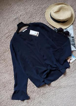Шикарная блузка на завязке с клешенными рукавами/блуза/рубашка