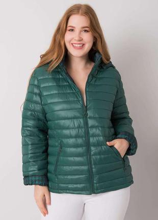 Стеганая куртка темно-зелёного цвета