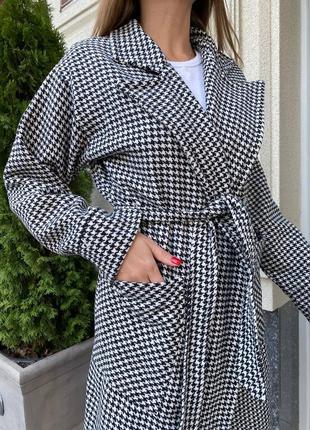 Женское пальто с поясом шерстяной твид