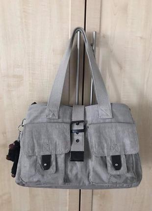 Фирменная сумка kipling.