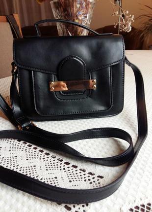Красивая черная сумка кроссбоди фирмы next