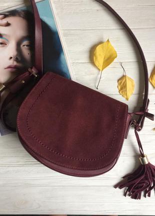 Вишнёвая бордовая сумка с кисточками