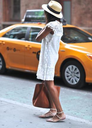 Белое платье в стиле asos бохо прямого кроя с кружевом гипюр